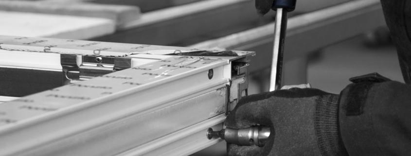 alumiiniumist tõst ja lükanduksed